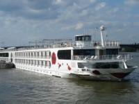 Merry Christmas mit A-ROSA: Rostocker Reederei feiert mit den Kleinsten und bietet 5tägige Donau-Weihnachtsreise für Familien inklusive Kinderbetreuung